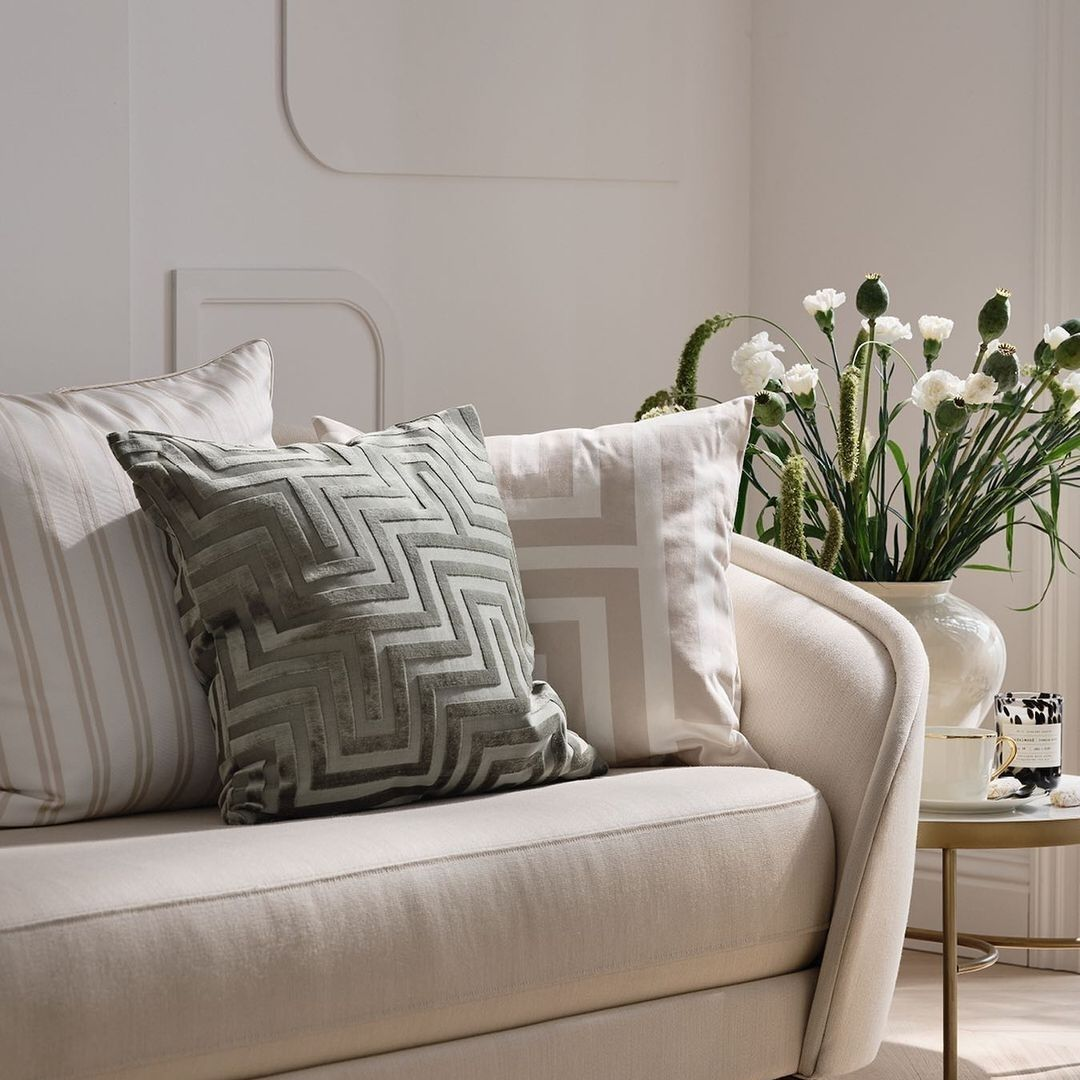 Patterned accent pillow