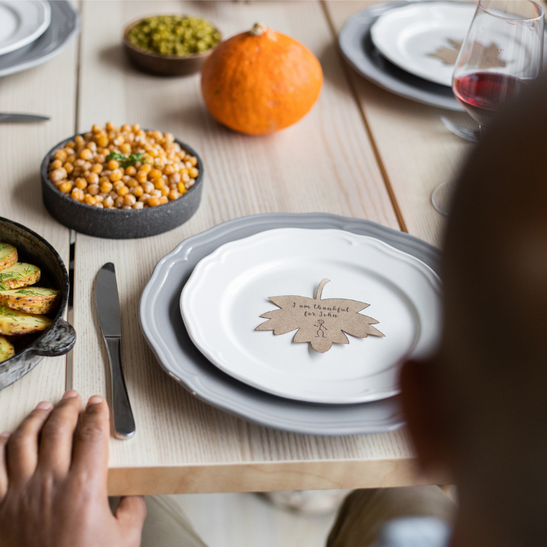 Thanksgiving-themed side plate